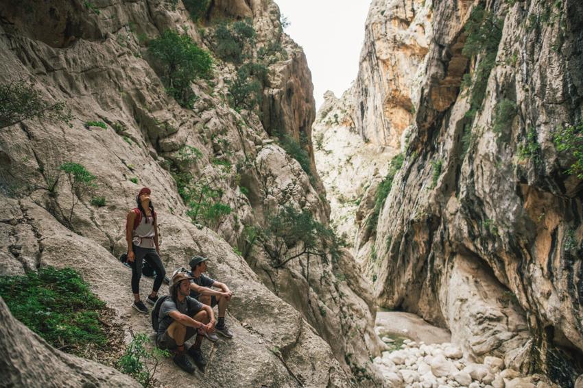 Jak dobrać spodnie trekkingowe?