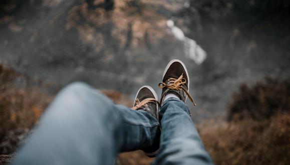 Męskie buty na okres przejściowy w mieście • PORADNIK