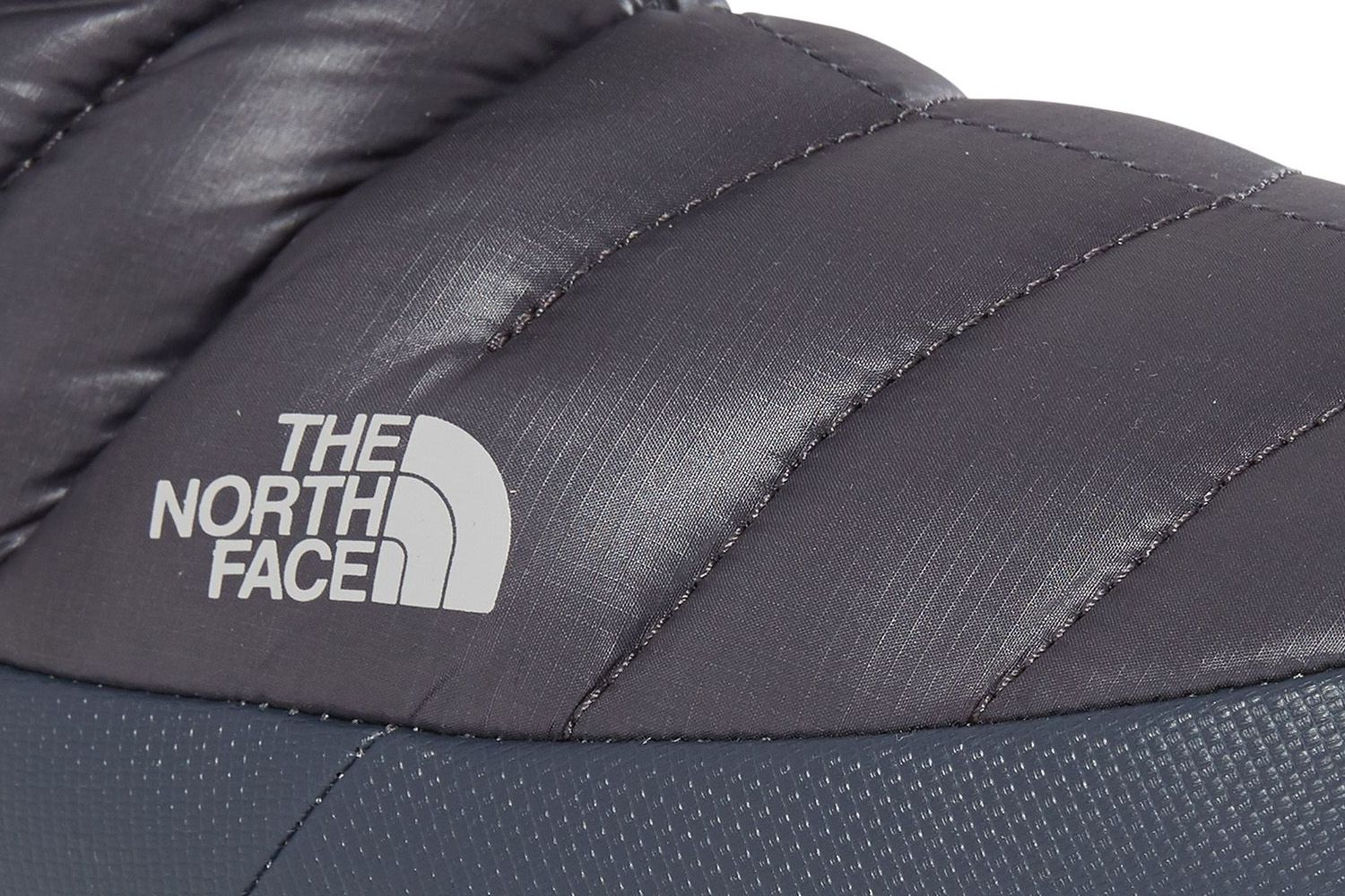 THE-NORTH-FACE-TNF-ThermoBall-Traction-Insulated-Warm-Shoes-Boots-Womens-New thumbnail 4
